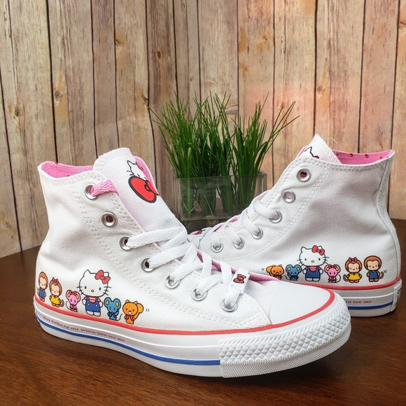 NIB LTD Hello Kitty x Chuck Taylor All ⭐High Top. NWT. Converse b7e5ece694
